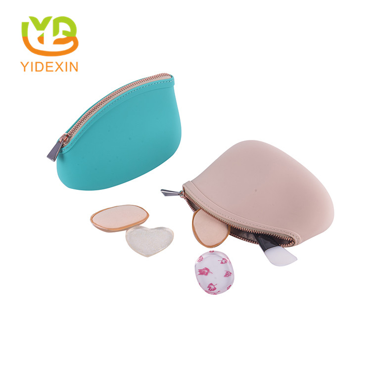 Ladies travel silicone makeup bag